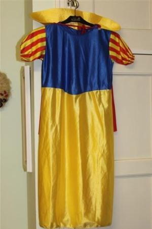 Pinkki mekko 98cm - Juhlalaatikko a996e2bb74