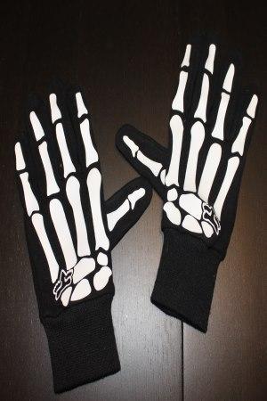 luuranko sormikkaat