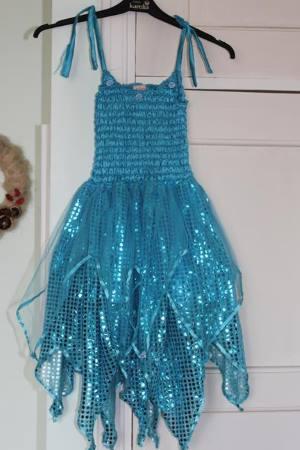 sininen paljetti mekko
