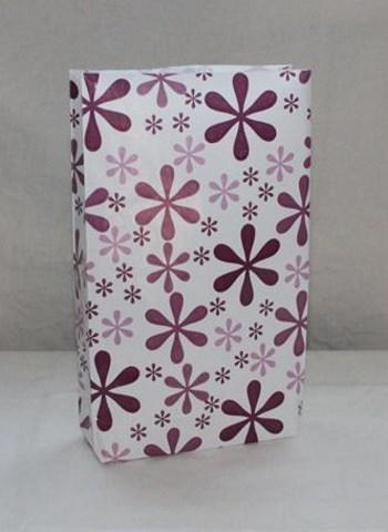 kukkakuvioinen paperipussi