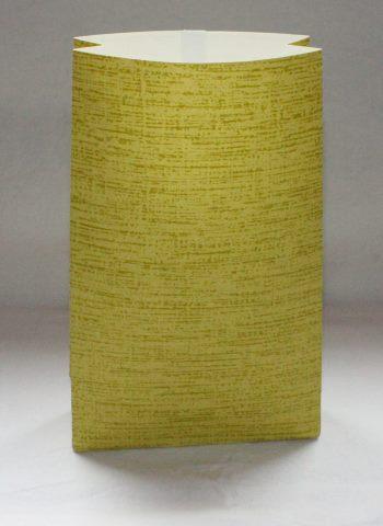 vihreäraitainen paperipussi
