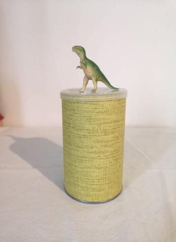 dinosaurus purkki
