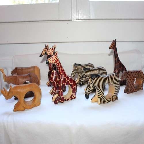 eläinaiheiset lautasliinarenkaat