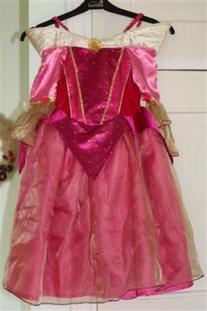 prinsessa ruusunen lasten asuvuokraus