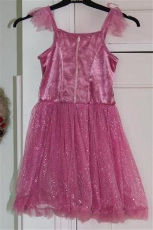 vaaleanpunainen lasten mekko vuokralle